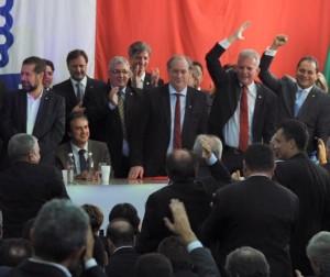 Ciro Gomes anuncia filiação ao PDT