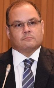 Rogério Cafeteira esclarece sobre projeto do UDER