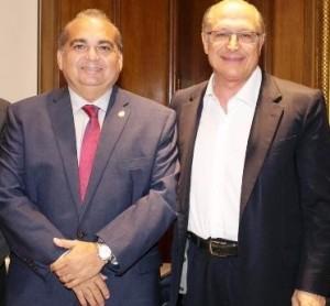 Fábio Braga com Geraldo Alckmin, no Palácio dos Bandeirantes