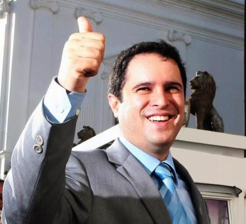Edivaldo Jr. a caminho de suceder Flávio Dino