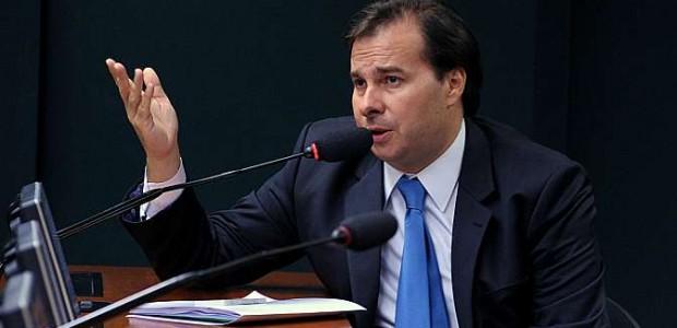 Rodrigo Maia: equilíbrio e competência na condução dos trabalhos