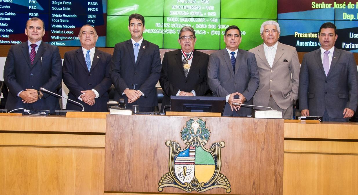 Zeca Belo entre Eduardo braide, Jorge Rachid e à direita e Max Barros, Antônio calado e Fábio Nauz à direita