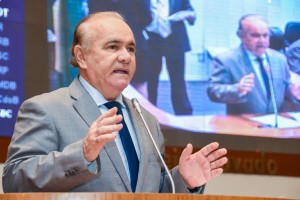 Edivaldo Holanda: único representante e líder máximo do PTC