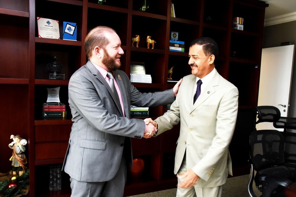 Othelino Neto recebe José Joaquim Figueiredo em visita de cortesia à Assembleia Legislativa