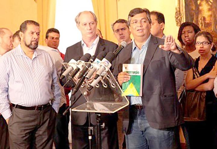Ciro Gomes pode ser a opção de Flávio Dino na falta de Lula