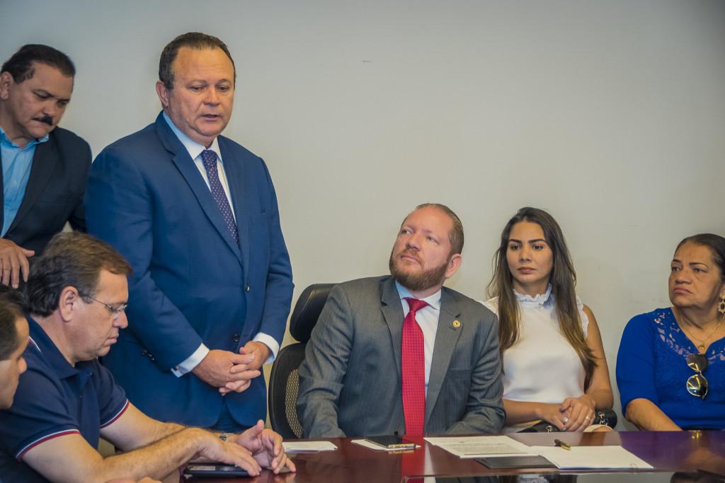 Governador em exercício, Carlos Brandão saúda Othelino Neto como novo presidente do Legislativo