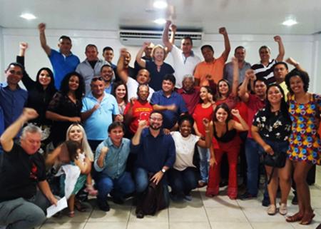Sob o comando de Márcio Jerry (centro de camisa azul), a direção do PCdoB definiu metas políticas