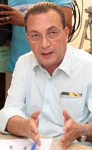 Luis Fernando: finanças em ordem e homanegem aos servidores pelo 1º de Maio