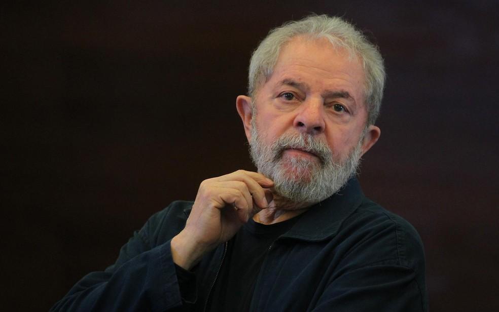 Lula da Silva: a caminho da prisão e da campanha eleitoral