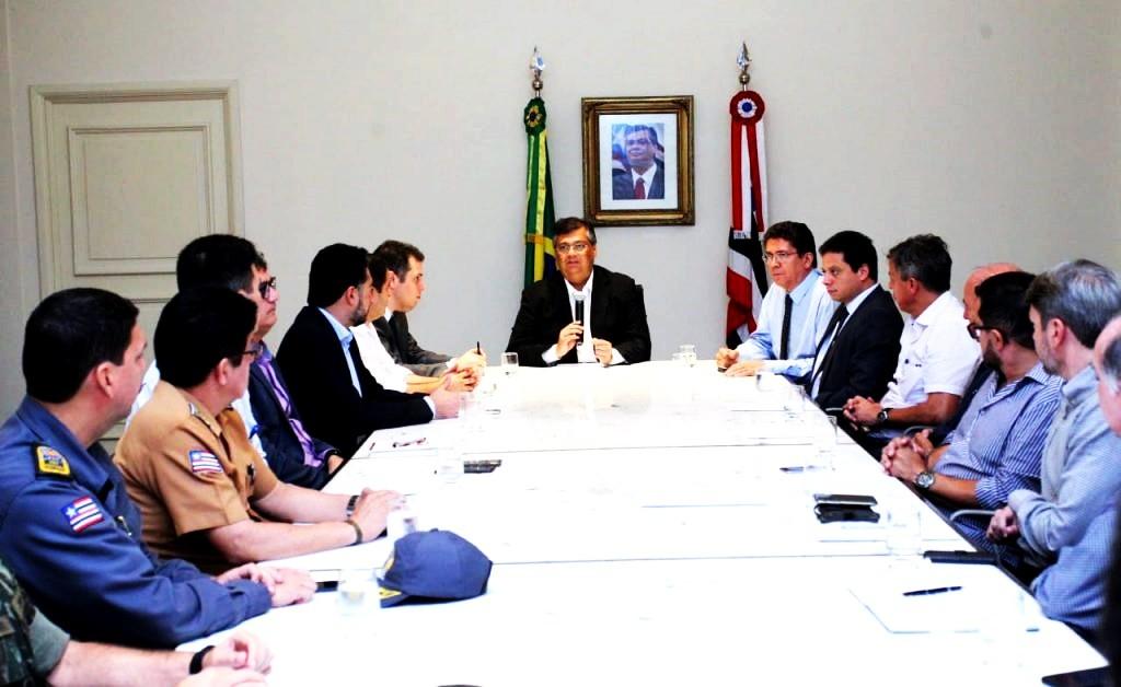 Flávio Dino reúne seus auxiliares para discutir e definir medidas contra os efeitos da greve dos caminhoneiros