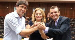Maura Jorge entre Márcio Coutinho e Pastor Bel
