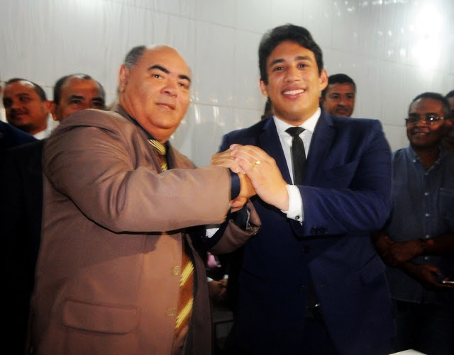 Astro de Ogum e será o 1º vice na gestão de Osmar Filho, que pode modernizar a Câmara