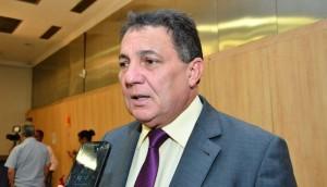 Cleomar Tema: mobilizando prefeitos para mocimento em Brasília