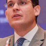 Alexandre Almeida: maturidade e distanciamento da crise no PSDB