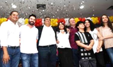 Eliziane apoiada por Flávio Dino: demonstração de força política