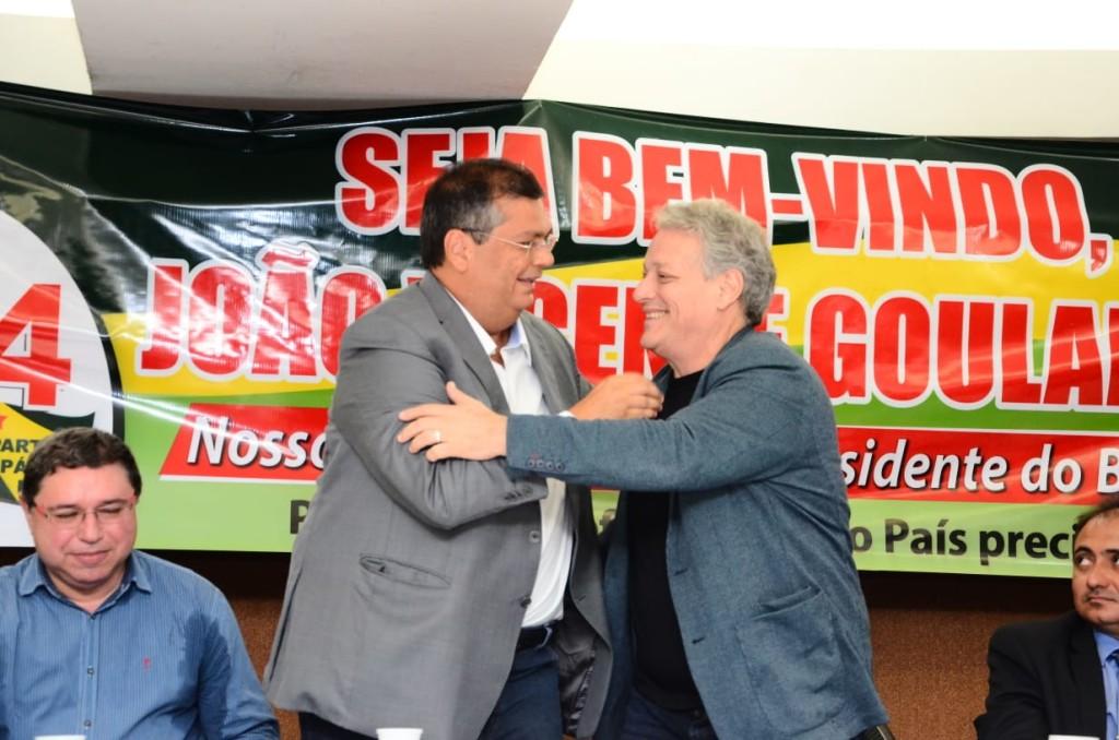 Flávio Dino recebe o apoio de João Goulart Filho para sua reeleição